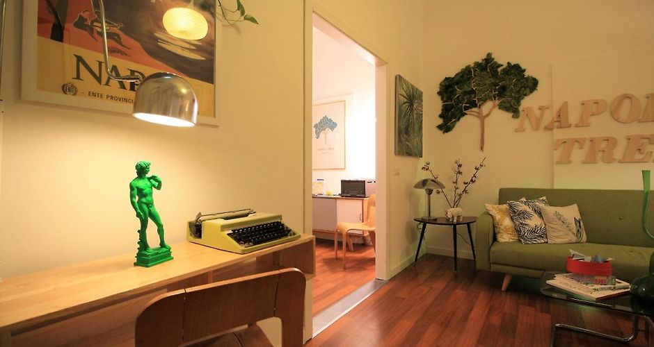 info for 77856 58847 NAPOLI TREE - LUNGOMARE GUEST HOUSE - Naples, Italy